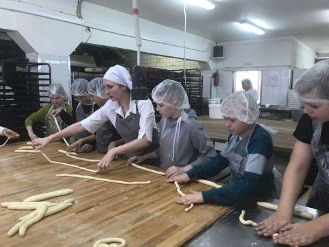 День Рождения в пекарне Московский Пекарь «Как на праздник испекли мы каравай»