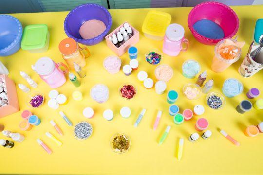 День Рождения с выездной программой «Домашняя лаборатория счастья»