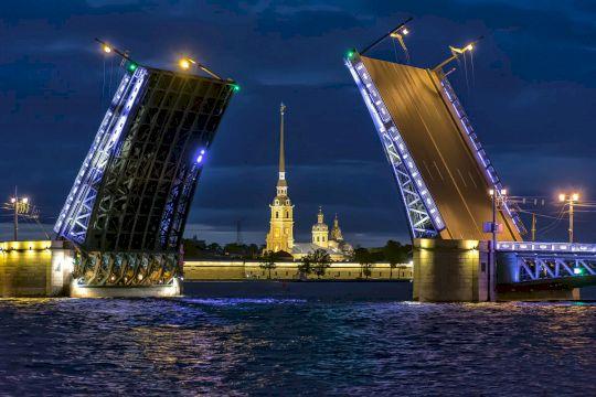 Тур в Санкт-Петербург «Поэзия гранитных мостовых» 5дней/4ночи / Кэшбэк по карте МИР