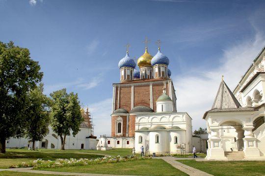 Экскурсионный тур «В стране Березового ситца. Рязань-Константиново»