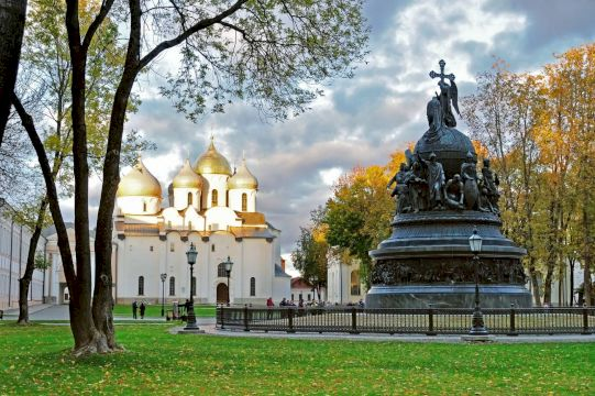 Тур на ретропоезде «Русские Ганзейские города» Псков с усадьбой Михайловское