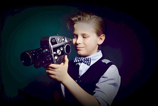 Школа юных блогеров онлайн (9-14 лет) «Свет мой, камера, скажи: работа с видеокамерой»