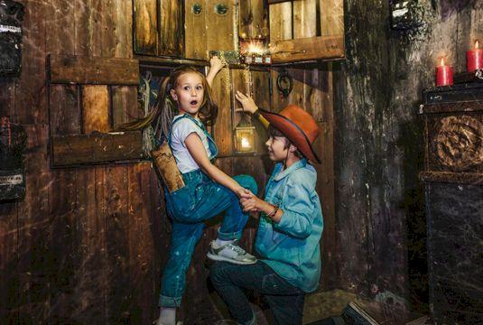 Квест для детей онлайн №1 (6-9 лет) «Дневник кладоискателя: Тайны старой Москвы»