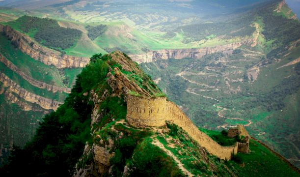 Экскурсионный джип-тур в Дагестан «Через пески, море и старинные крепости»