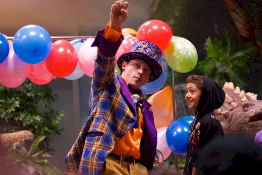 День Рождения с выездным театральным шоу «Школа волшебства»  + Научное шоу