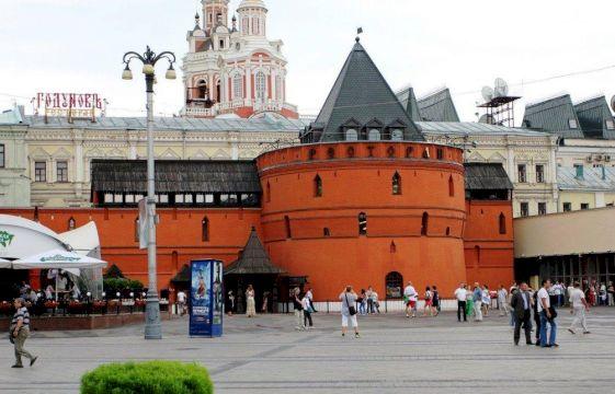 Китай-город: уголок Москвы за каменной стеной