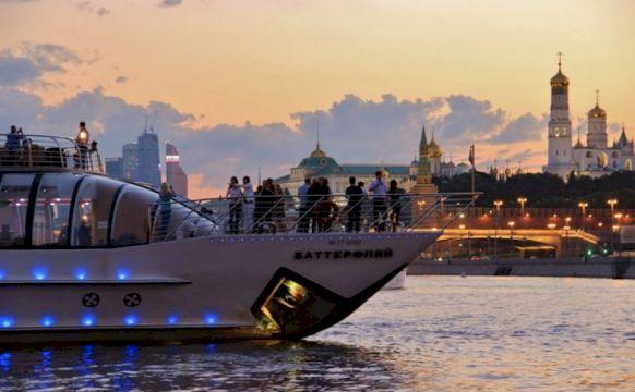 Экскурсия по Москве-реке на английском языке