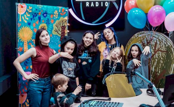 День Рождения на Радиостанции «Говорит именинник – слушает вся страна!»