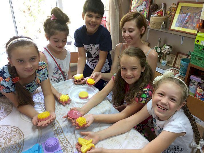 День Рождения с выездным мастер-классом «Душистое мыло своими руками»