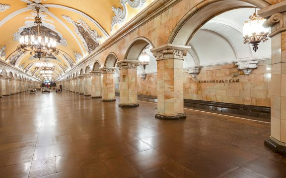 Экскурсия по метро Москвы на английском языке