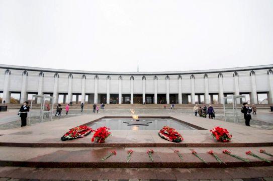 Обзорная & Останкинская телебашня: Москва: от земли до неба
