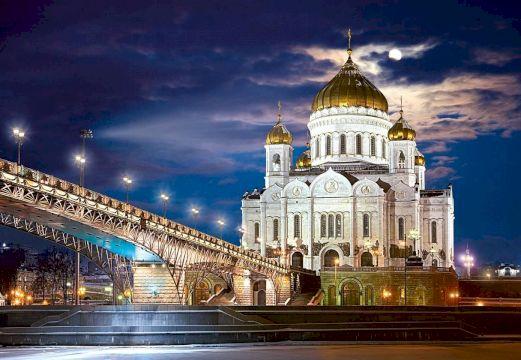 Две легенды: Храм Христа Спасителя и Арбат
