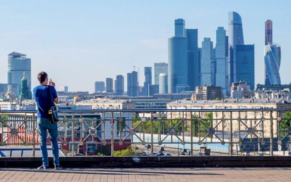 Тур № 1 «Москва по обе стороны экрана»
