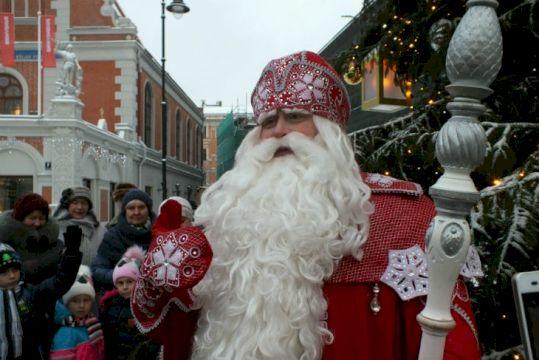 Театрализованная экскурсия с Дедом Морозом и Снегурочкой (на минивэне или микроавтобусе)