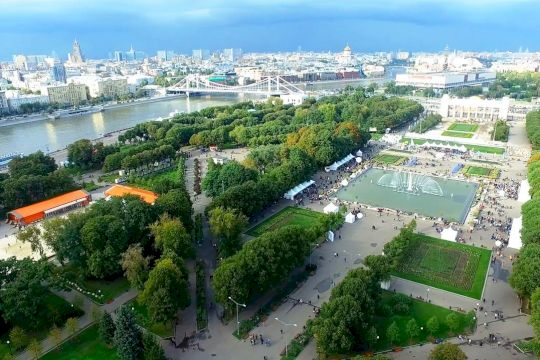 Парк Горького и круиз по Москве-реке